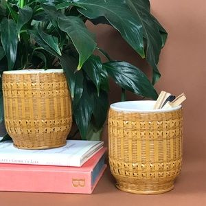 Other - Wicker planters